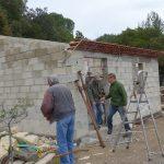 30 Oct 2018: début de la reconstruction du muret Ouest