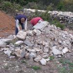 quelques m3 de pierre à trier et déplacer